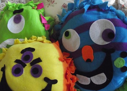 Monster pillow kit large