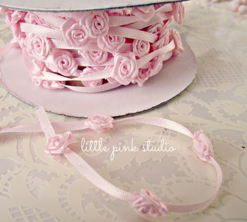 Ribbon rose trim